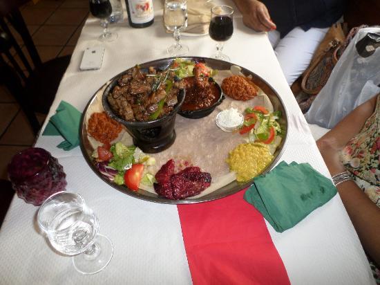La Reine de Saba: The presentation will attract you before you evn taste it!