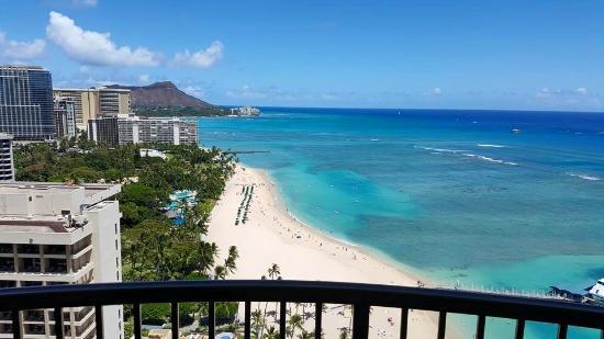 Hilton Hawaiian Village Waikiki Beach Resort Rainbow Tower Ocean Front Room View From Balcony