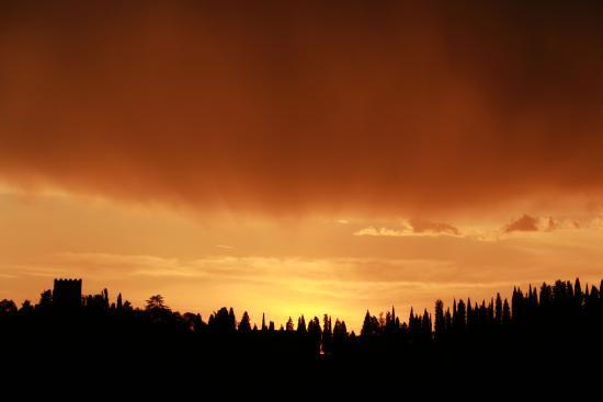 I Melograni del Chianti: Coucher de soleil près du gîte