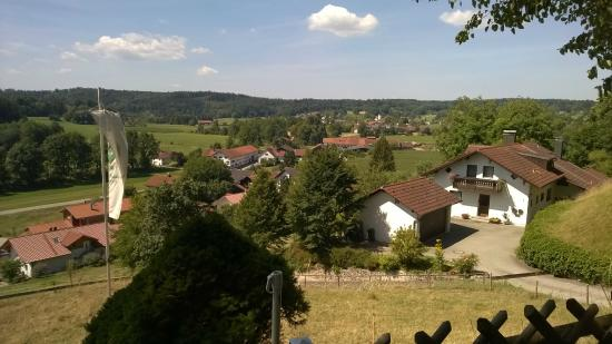 Schlossgaststätte Falkenberg: Der Ausblick ist es allein schon wert, hier einzukehren!