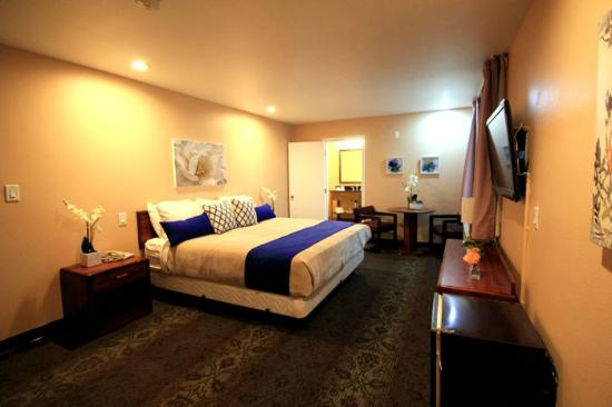 colony inn north hollywood now 118 was 1 6 8. Black Bedroom Furniture Sets. Home Design Ideas