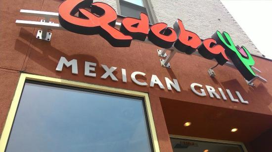 Qdoba Mexican Grill Fachada Do Restaurante