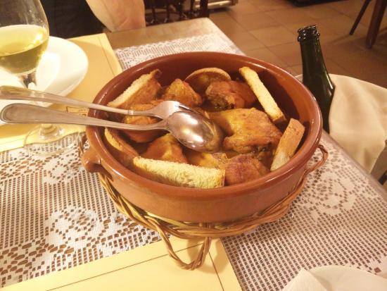 "Calonge, España: Pollastre muixeric (""muixeric"" chicken)"