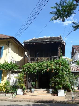 View Khemkhonng Guest House: Front