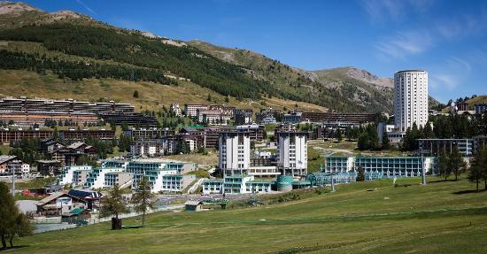 Villaggio olimpico sestriere th resorts italy hotel for Villaggio olimpico sestriere
