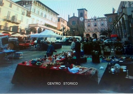 Antiq'aria il mercato di Moncalieri