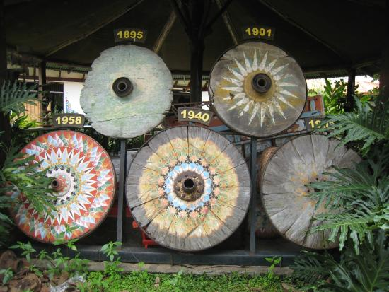 Sarchi, Costa Rica: Generations of Oxcart Wheels