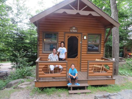 Morin Heights Nature Camping & Cabins : Chalet #10