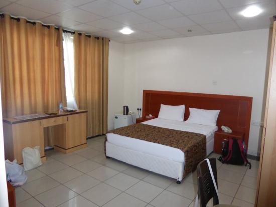 Mayfair Hotel: Room