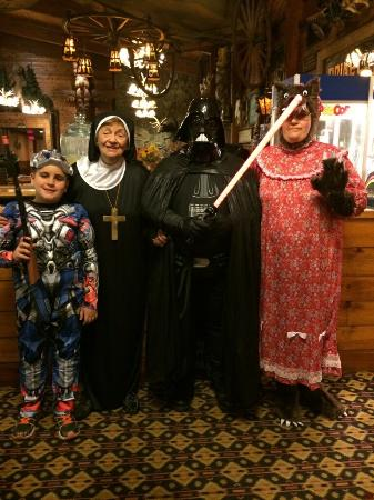 Rocking Horse Ranch Resort: Me and my family there for Halloween 2014. Our first time there at Halloween and loved it. We bo