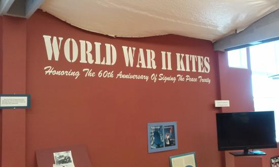 World Kite Museum & Hall of Fame : World War II kite section
