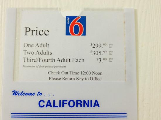 Motel 6 Sunnyvale North: Welcome to California