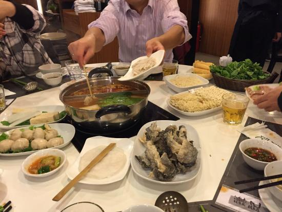Him Kee Hot Pot: photo0.jpg
