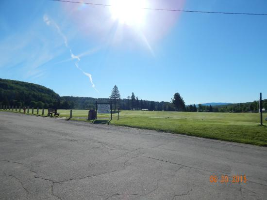 Colebrook Country Club & Motel: The golf course