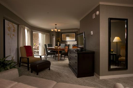 Hospitality suite picture of eaglewood resort spa for Addison salon suites
