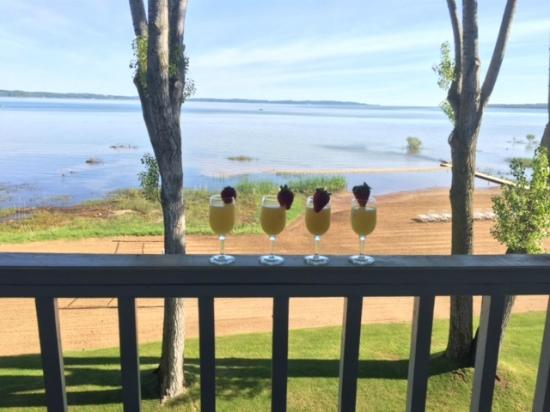 North Shore Inn: Room with a view