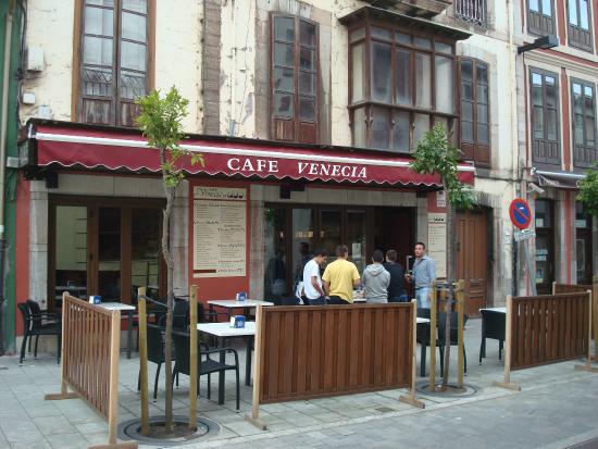 Cafeteria Venecia en Llanes Asturias