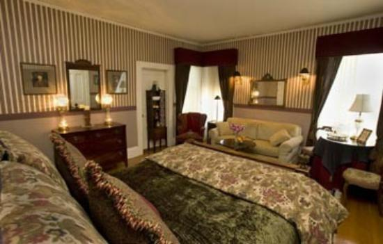 The Bissell House Bed & Breakfast : Prince Albert Room
