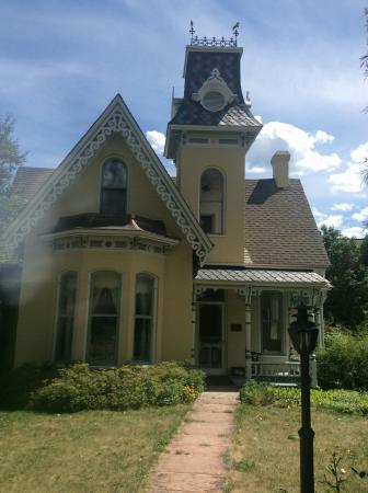 Arnett-Fullen House