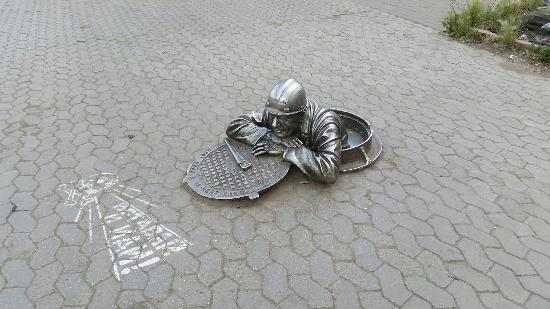 Monument to the Plumber Stepanych