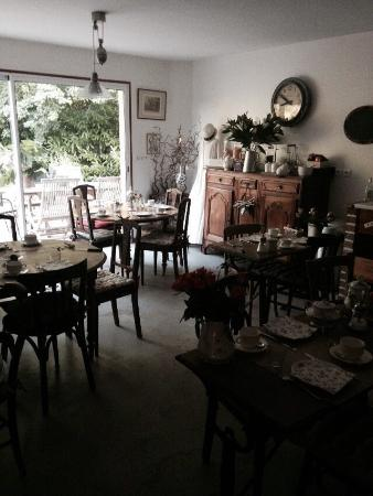 La Nicoulette : Breakfast room