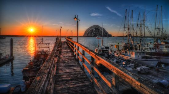 Morro Bay, Kalifornien: Morro Rock and the bay at sunset