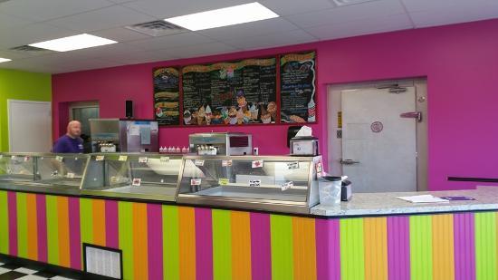 Denae's Ice Cream and Sweet Shop
