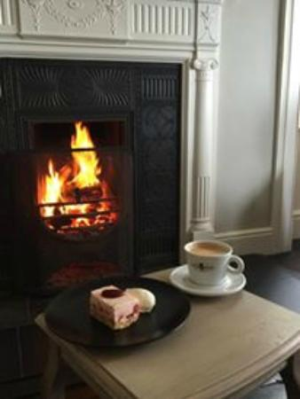 The Carrigart: Open fires and homemade desserts