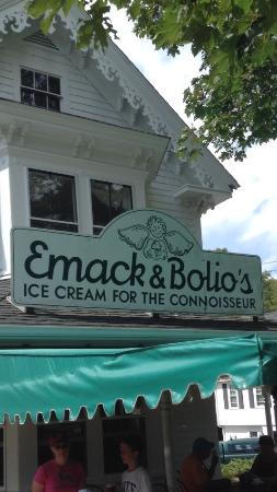 ‪Emack and Bolio's‬
