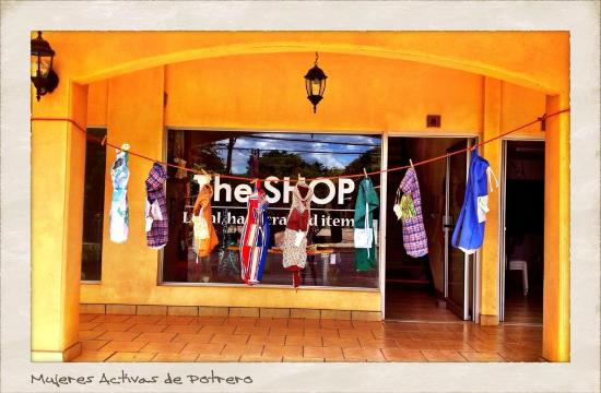 Playa Potrero, Costa Rica : The Shop