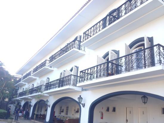 San Raphael Country Hotel: vista dos quartos proximos a piscina