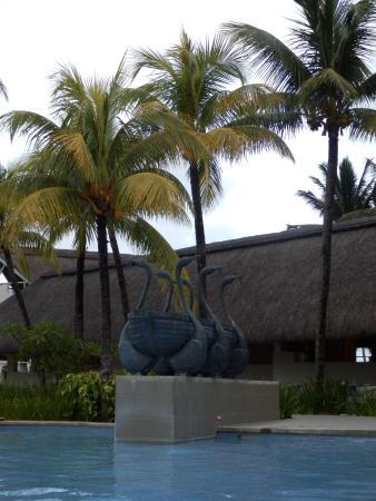 Pool statues