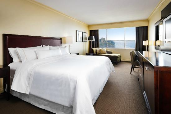 The Westin Harbour Castle, Toronto: Partial Lakeview Room