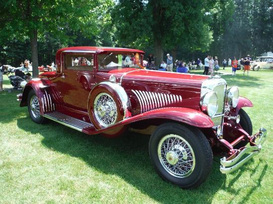Inn at St. John's: Concours d'Elegance of America - 1932 Duesenberg Model J Coupe