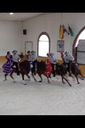 Centro de Equitacion El Ranchito: Ritmo a caballo SUPER SHOW !!!