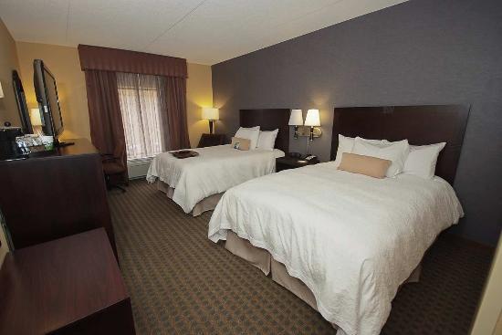 Vineland, Нью-Джерси: Queen Room