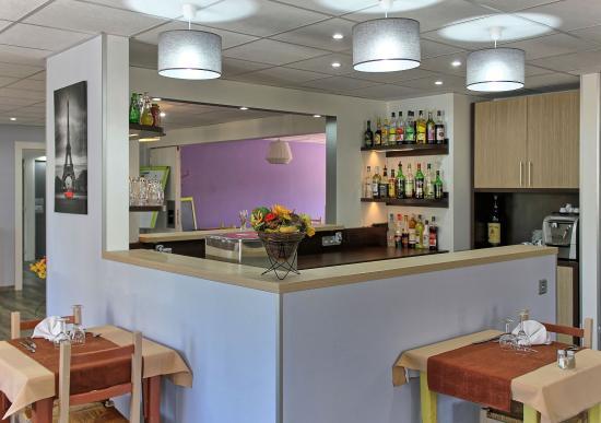 Comfort Hotel Les Mureaux
