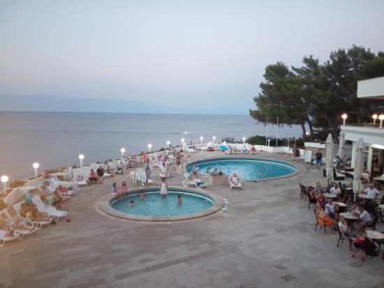 Adriatiq Resort Fontana: The pools are rather small.