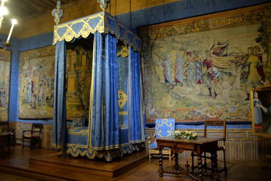 La chambre du roi picture of chateau de sully sur loire - Chambre des notaires loire ...