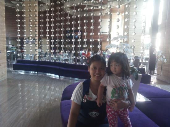 Lobby Picture Of Grand Mega Resort Spa Kuta Tripadvisor