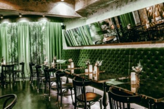Photo of Austrian Restaurant Motto at Rudigergasse 1, Vienna 1050, Austria