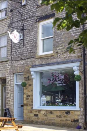 KTea's Tearoom & Bespoke Cakes