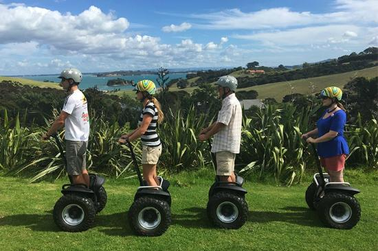 Oneroa, New Zealand: Segway around beautiful Waiheke