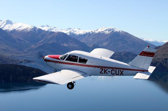 Learn to Fly NZ - Wanaka Flight Training