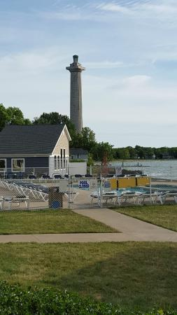 BayShore Resort: View from the room - restaurant, pools and Perry's Monument