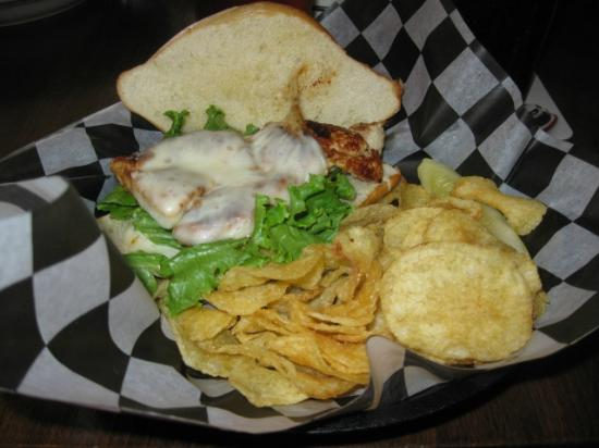 Streetcar Kitchen and Pub: Grilled Chicken Mojo Sandwich