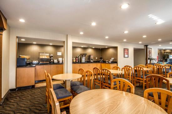 Econo Lodge : CABKFAST