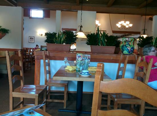 Table Set Up Picture Of Olive Garden Auburn Hills Tripadvisor