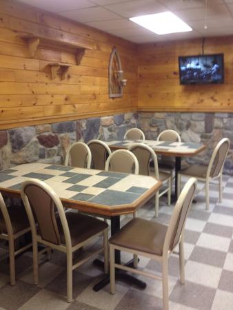 Aspers, PA: Dining area
