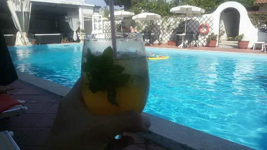 Hotel Lord Byron : Piscina dell'hotel